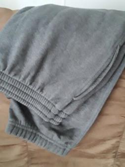 Amazon Essentials Men's Closed Bottom Fleece Pant Medium Cha