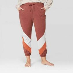 Colsie Women's Plus Size Cozy Fleece Jogger Sweatpants, Cr